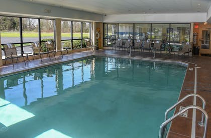 Pool | Hampton Inn & Suites Youngstown- Canfield