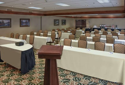 Meeting Room | Hampton Inn & Suites Youngstown- Canfield