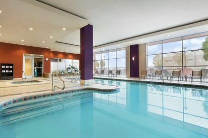 Pool | Embassy Suites by Hilton Albuquerque
