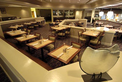 Restaurant | DoubleTree by Hilton Hotel Augusta