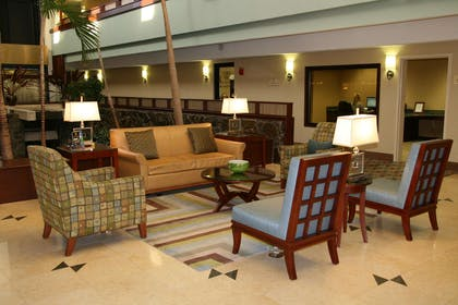 Lobby | DoubleTree by Hilton Hotel Augusta