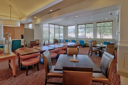 Restaurant | Hilton Garden Inn Albuquerque/Journal Center