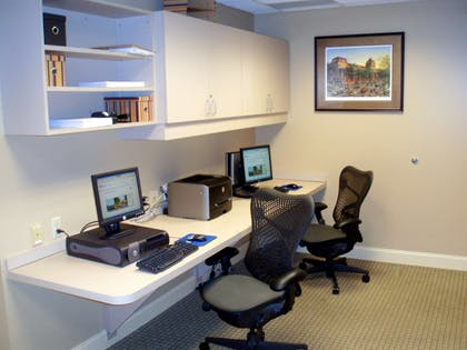 Business Center | Hilton Garden Inn Saratoga Springs