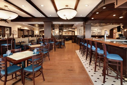 BarLounge | DoubleTree by Hilton Hotel Annapolis