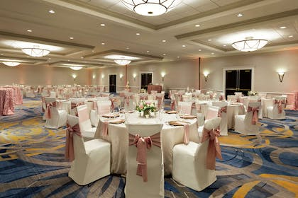Restaurant | DoubleTree by Hilton Hotel Annapolis