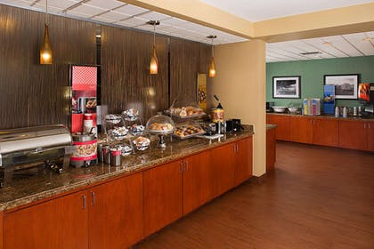Restaurant | Hampton Inn Naples-Central
