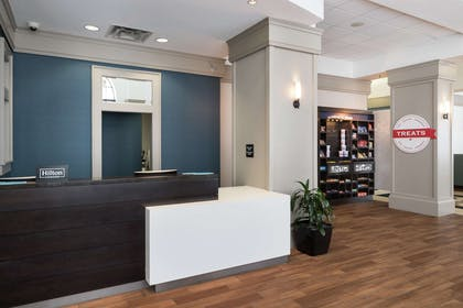 Reception | Hampton Inn & Suites Atlanta Downtown