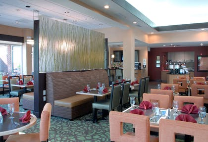 Restaurant | Hilton Garden Inn Atlanta/Peachtree City