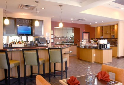 Breakfast Area | Hilton Garden Inn Atlanta/Peachtree City