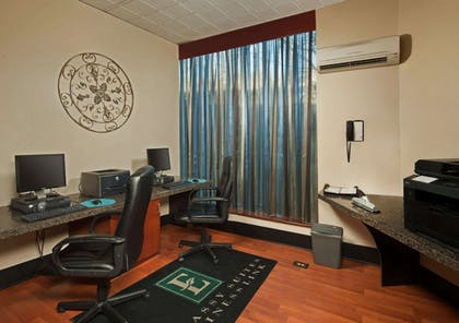 Business Center | Embassy Suites by Hilton Baltimore Hunt Valley