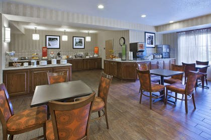 Restaurant | Hampton Inn Pittsburgh Area Beaver Valley CenterTownship