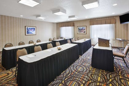 Meeting Room | Hampton Inn Pittsburgh Area Beaver Valley CenterTownship