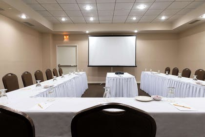 Meeting Room | DoubleTree by Hilton Hotel Binghamton
