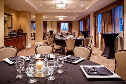 Meeting Room | Hampton Inn & Suites-Downtown-Tutwiler