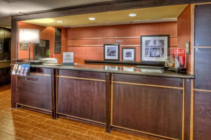 Reception | Hampton Inn Biloxi