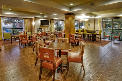 Restaurant | Hampton Inn Biloxi