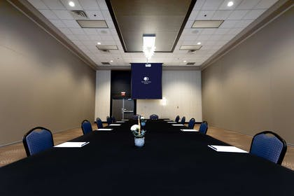 Meeting Room | DoubleTree by Hilton Hotel Bloomington