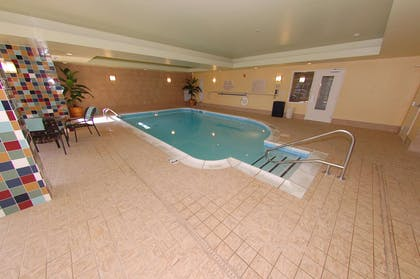 Pool | Hilton Garden Inn Bowling Green