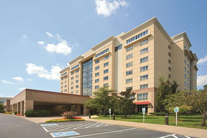 Exterior | Embassy Suites by Hilton Nashville South Cool Springs