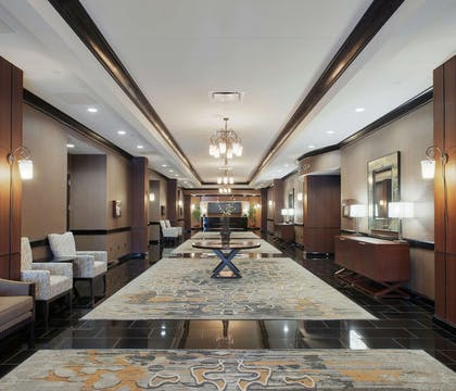 Lobby | DoubleTree Suites by Hilton Bentonville