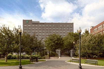 Exterior | Embassy Suites by Hilton Boston At Logan Airport