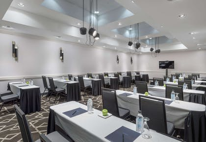 Meeting Room | Hilton Boston/Woburn