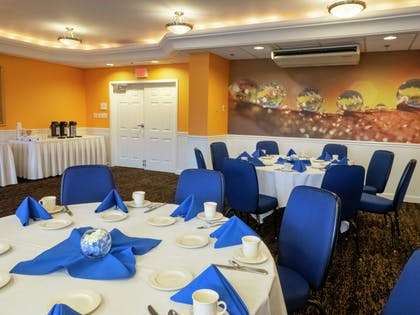 Meeting Room | DoubleTree by Hilton Hotel Buffalo - Amherst