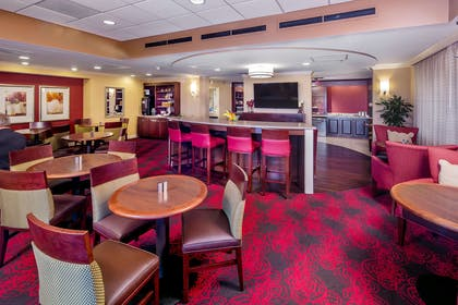 BarLounge | DoubleTree by Hilton Hotel Columbia, South Carolina