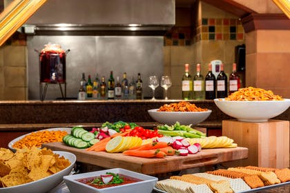 Restaurant | Embassy Suites by Hilton Columbia Greystone