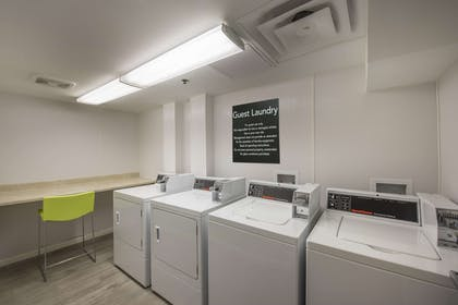 Property amenity | Hampton Inn Chicago Downtown/Magnificent Mile