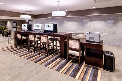 Business Center | Hampton Inn Chicago Downtown/Magnificent Mile