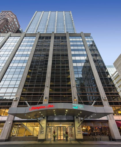 Exterior | Hampton Inn Chicago Downtown/Magnificent Mile