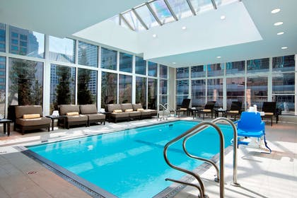 Pool | Hilton Garden Inn Chicago Downtown/Magnificent Mile