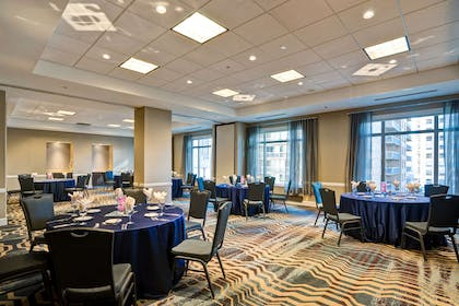 Meeting Room | Hilton Garden Inn Chicago Downtown/Magnificent Mile