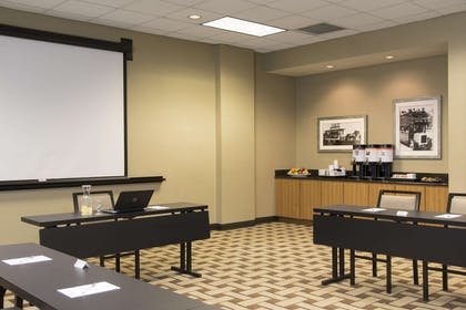 Meeting Room | Hampton Inn & Suites Chicago Downtown
