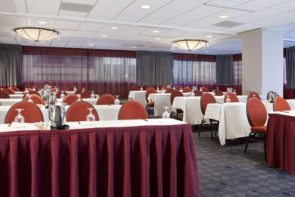 Meeting Room | Homewood Suites by Hilton Chicago Downtown/Magnificent Mile