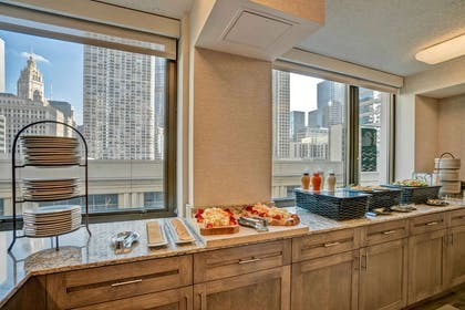 Restaurant   Homewood Suites by Hilton Chicago-Downtown