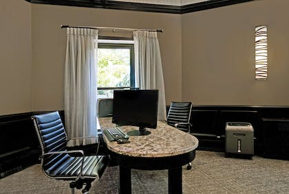 Business Center | Homewood Suites by Hilton Chicago-Lincolnshire