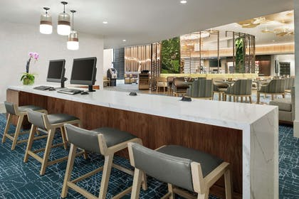 Business Center | DoubleTree by Hilton Hotel Chicago - Magnificent Mile