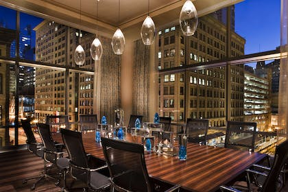 Meeting Room | theWit Chicago – a DoubleTree by Hilton Hotel