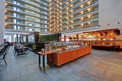 Restaurant | Embassy Suites by Hilton Chicago Downtown Magnificent Mile