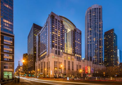 Exterior | Embassy Suites by Hilton Chicago Downtown Magnificent Mile
