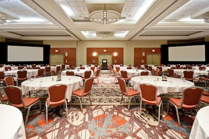 Meeting Room | Embassy Suites by Hilton Chicago Downtown Magnificent Mile