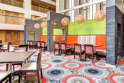 Restaurant | Embassy Suites by Hilton Chicago O'Hare Rosemont