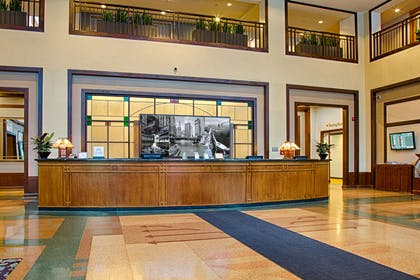 Reception | Embassy Suites by Hilton Chicago O'Hare Rosemont