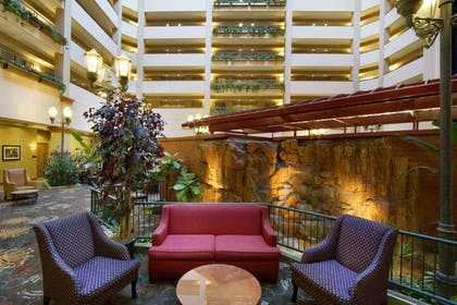 Lobby | Embassy Suites by Hilton Charleston Airport Hotel & Convention Center