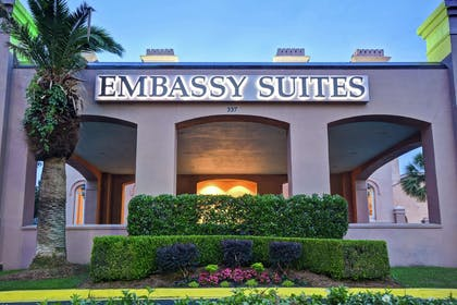 Exterior | Embassy Suites by Hilton Charleston Historic District