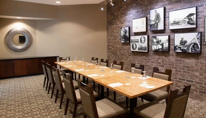 Meeting Room | DoubleTree by Hilton Hotel & Suites Charleston Airport