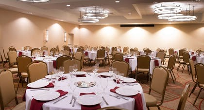 Meeting Room   DoubleTree by Hilton Hotel & Suites Charleston Airport