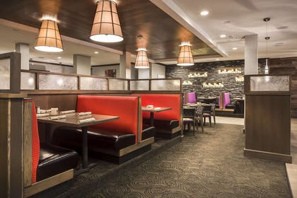 Restaurant | Hampton Inn Iowa City/Coralville